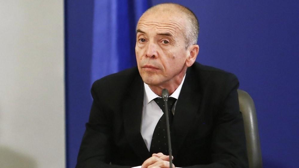 Доц. Атанас Мангъров в ПАНОРАМА: Мога да управлявам кризата с COVID-19 по-компетентно