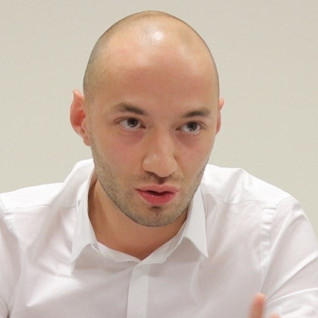 Димитър Ганев: Нинова не подкрепя Радев, защото при изборна загуба ще може да търгува само тази подкрепа срещу власт
