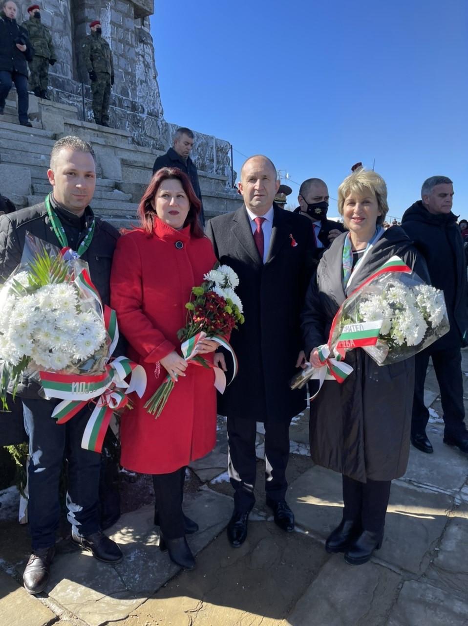 Весела Лечева: Шипка е храмът, който ни напомня, че сме горд и достоен народ