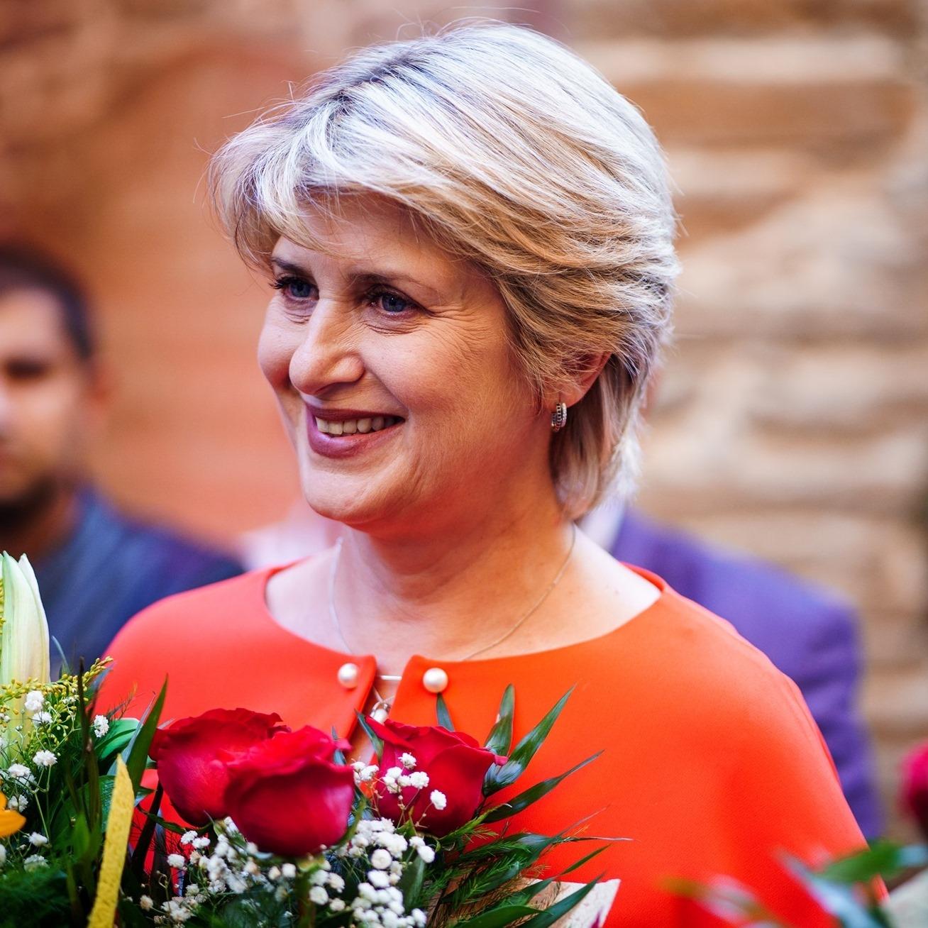 Парламентът и БТВ излязоха с опровержение на фалшивата новина за отсъствията на Весела Лечева