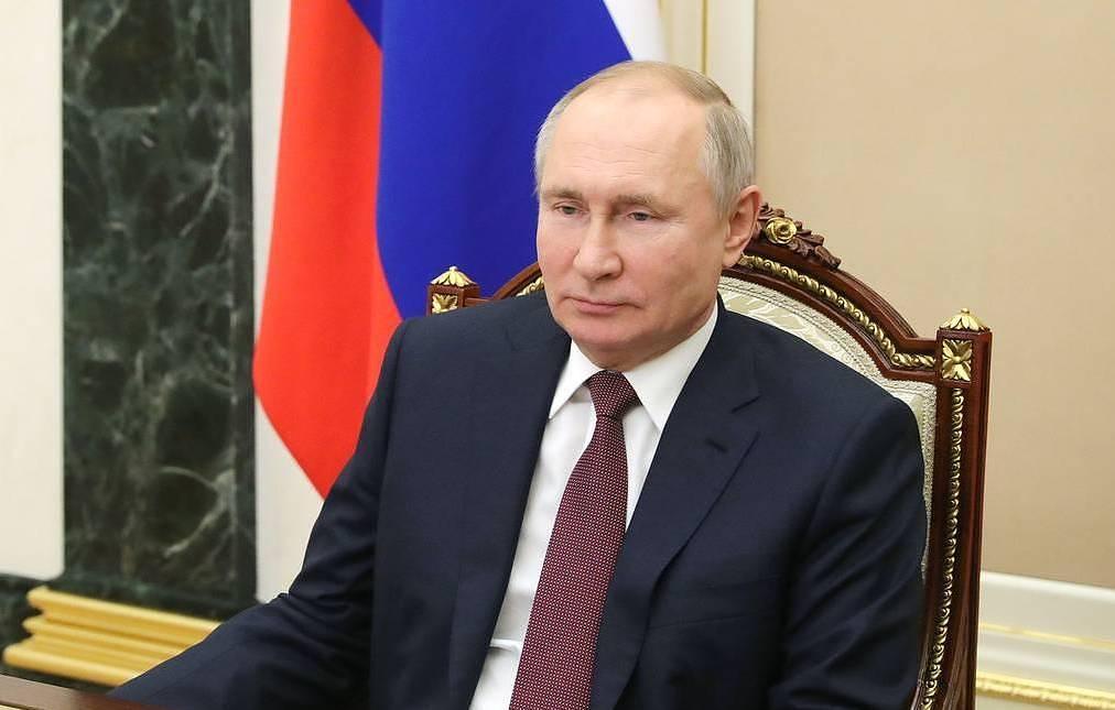 Путин: Руската армия и флот са готови да посрещнат сериозни предизвикателства
